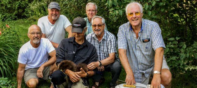 L'équipe du dossier castors: un trappeur, quatre sentinelles et un coordonnateur.