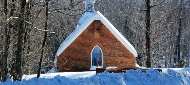 Un peu d'histoire de Dunany: comment l'église St-Paul a acquis sa cloche.